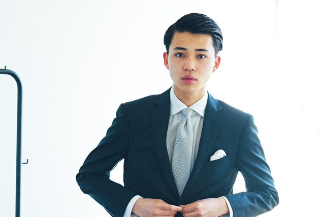 結婚式に呼ばれたら? 礼服スーツ男子の、正しい髪型を教えます